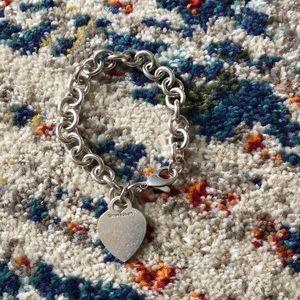 T&Co. | Heart Tag Bracelet